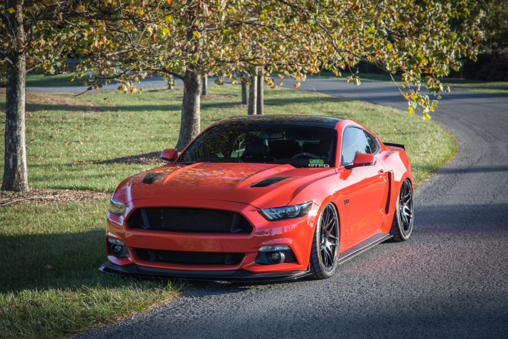 There's Something About a Slammed Competition Orange S550 – slammedstangs | Ford Mustang Builds ...